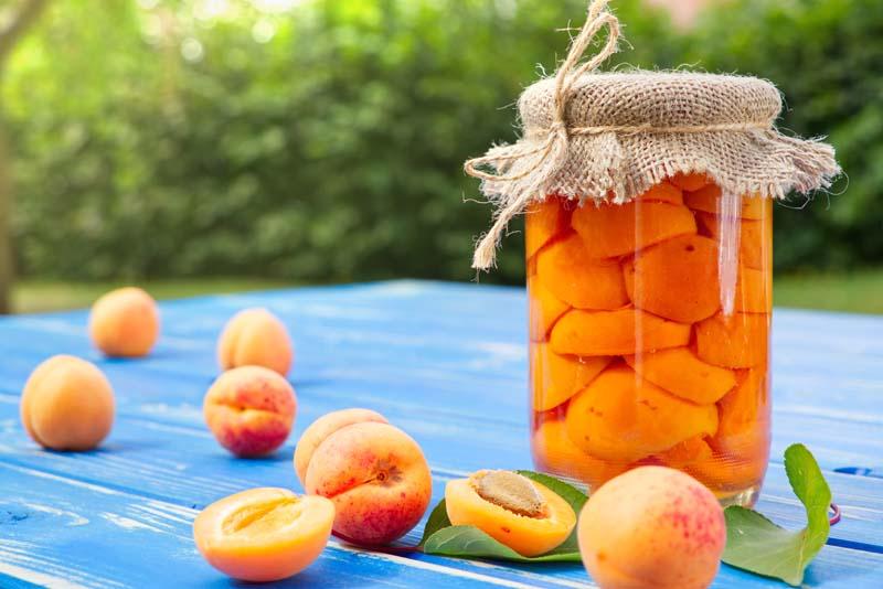 Obst in Konserven